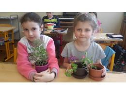 Duben - Malí zahradníci