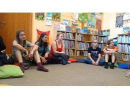 Diskuze o extrémismu - lounská knihovna