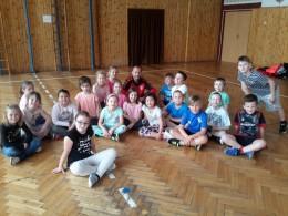 Škola v pohybu - cvičíme s trenérem
