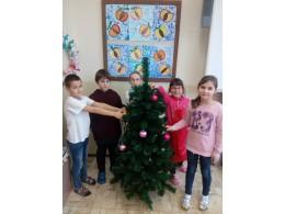 Vánoční stromeček a betlém