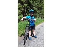 Červen  - Cyklista Ondra zdraví